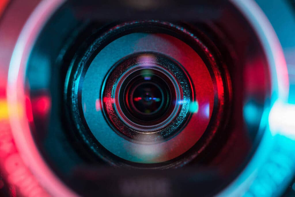 ways-to-use-live-video-for-small-business
